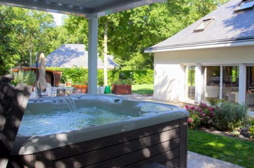 Domestic Hot Tubs 2015