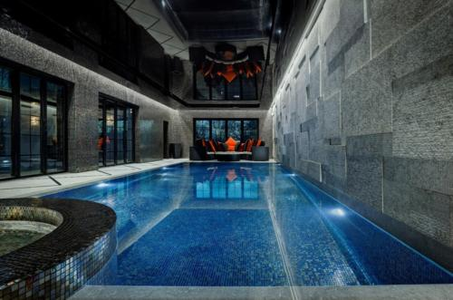 Domestic Indoor Pools 2015