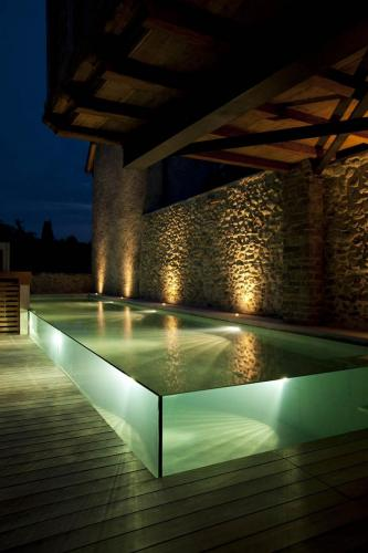 dpn 02 nicollier-group-sa-has-won-the-silver-eusa-2020-award-in-the-category-domestic-pools-by-night 50019079576 o